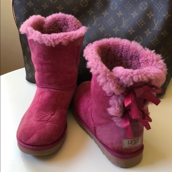 3f3003d853b UGG | Bailey Bow | Fuchsia Pink | Women's Size 7